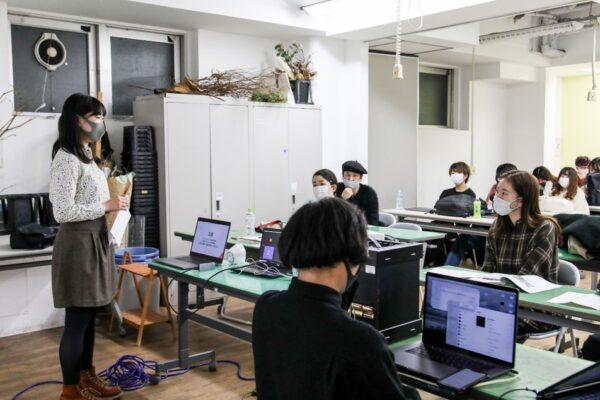 (写真)令和2年12月8日に実施された企画コンペの様子